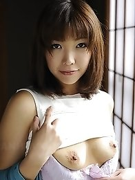 Hot Juri Kitahara shows round tits with big